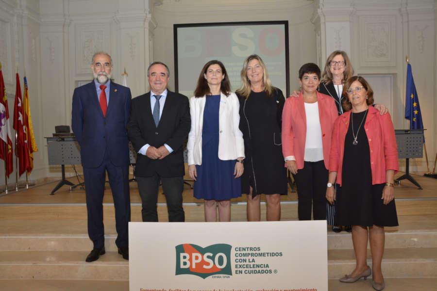 El consejero Domínguez reafirma en Madrid el compromiso de Navarra con la excelencia y las buenas prácticas en Enfermería