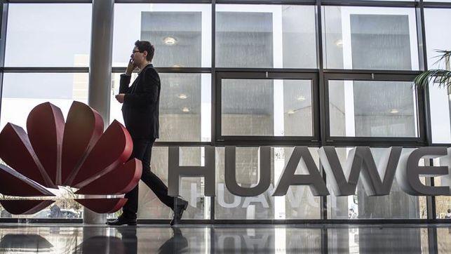 Huawei demanda a EEUU por prohibir sus productos y le acusa de robar correos