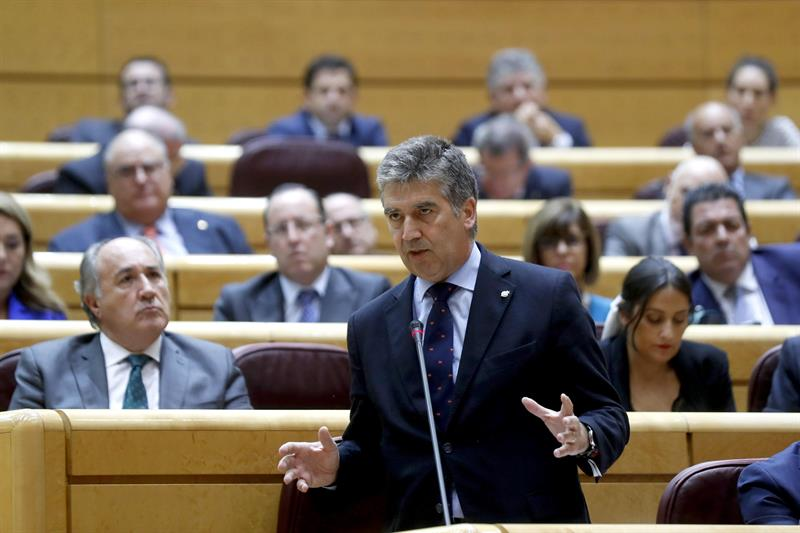 El PP pide que Calvo comparezca en el Senado para aclarar la