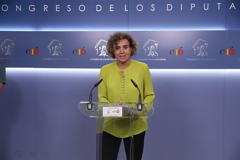 Dolors Montserrat respalda a Cospedal: