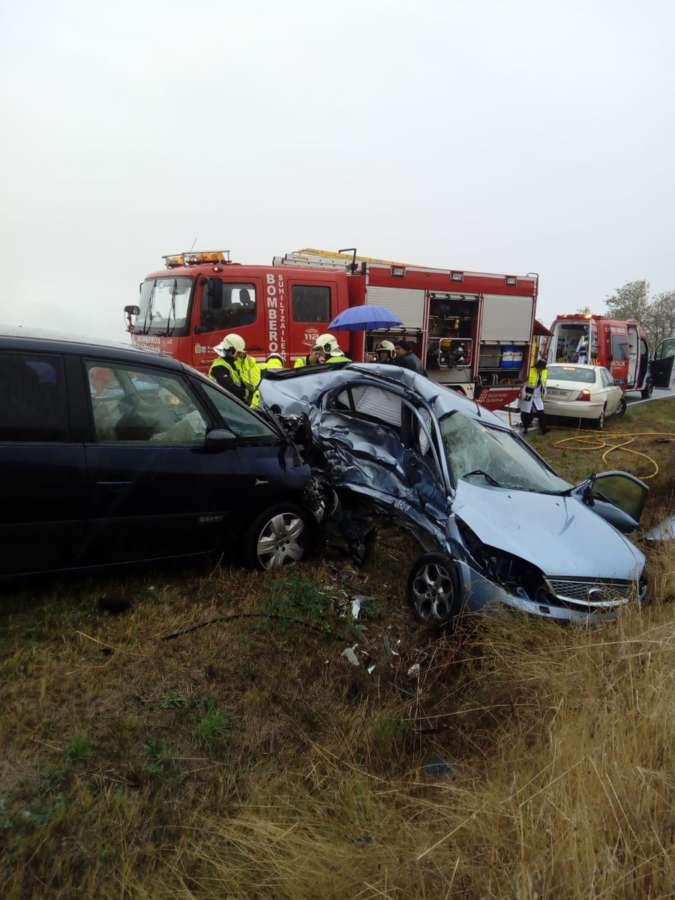 Dos heridos, uno grave, en un accidente de tráfico en Lodosa (Navarra)