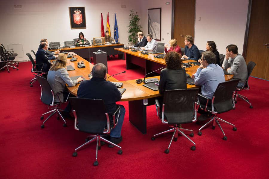 "Iturriagagoitia dice no tener ""nada que contestar"" sobre Sodena y Davalor"
