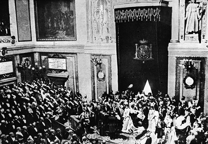 Dos monarcas en el Congreso después de más de un siglo