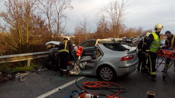Un herido de gravedad en la colisión entre dos vehículos en Beriain