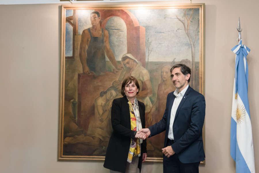 Barkos inicia una visita a Argentina para reforzar lazos económicos y reencuentro