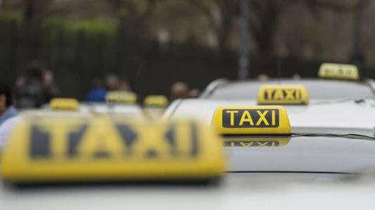 Taxistas de Pamplona esperan que el conflicto se resuelva