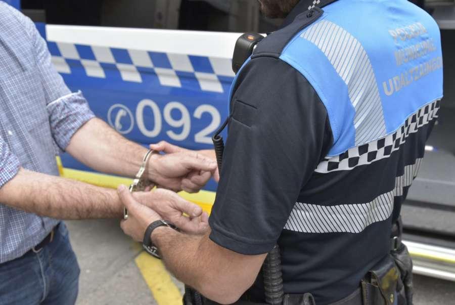 Detenidas o investigadas siete personas en Pamplona por presuntos delitos