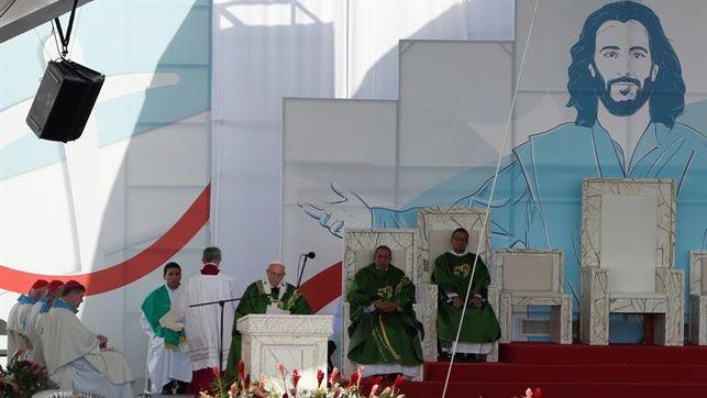 El papa dice a los jóvenes que no son el futuro sino el ahora, en misa de la JMJ