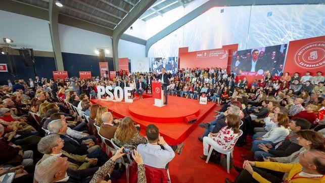 Sánchez garantiza que con el PSOE «nunca habrá independencia» de Cataluña