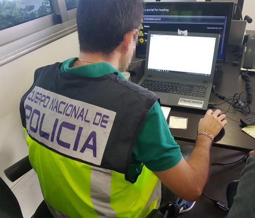 Policía Nacional detiene en Pamplona a una mujer por estafar más de 11.000 euros en plataformas de juego online