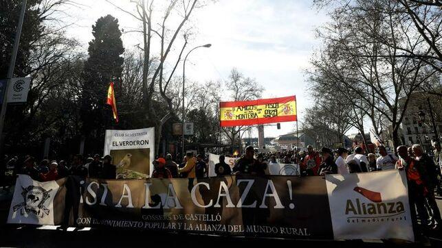 Colectivos del medio rural reivindican en Madrid sus tradiciones y la caza