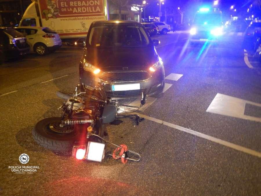 Una mujer herida en un atropello en la calle González Tablas de Pamplona