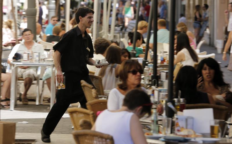 La actividad del sector servicios se acelera en agosto, según Markit