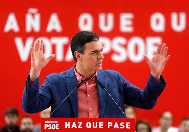 28-A: Sánchez pide el voto frente a la involución de los que miran al pasado
