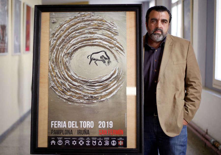 Cartel de la Feria del Toro 2019 de Pamplona, entre en la abstracción y el arte rupestre
