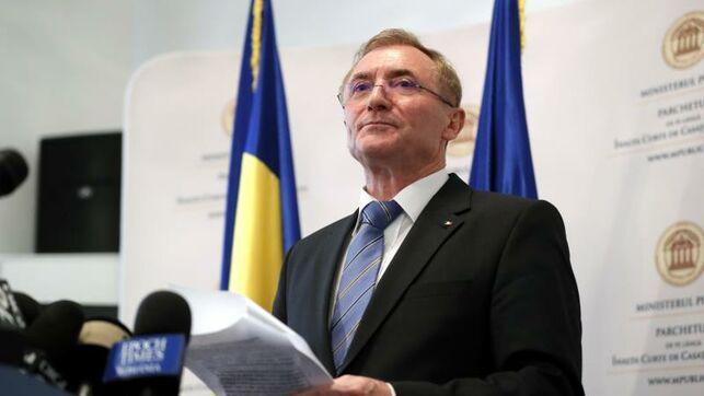 El expresidente rumano Iliescu será juzgado por crímenes de lesa humanidad