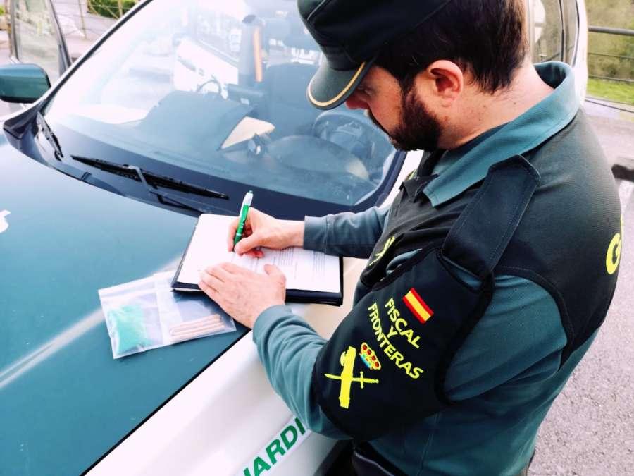 Imputado por conducción temeraria tras huir de Guardia Civil y dar positivo