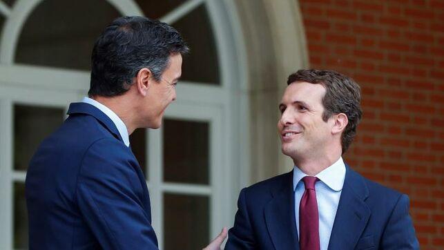 Casado pide a Sánchez que España no dependa de los independentistas