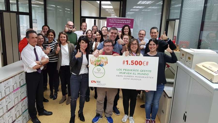 Trabajadores de TCC Pamplona apoyan con 3.000 euros dos proyectos de salud