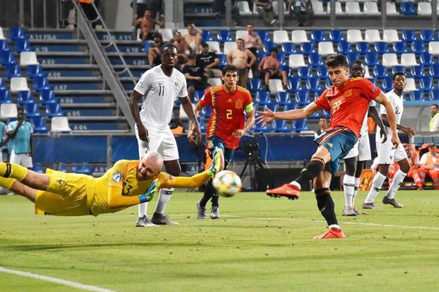 4-1. España arrolla a Francia y buscará la revancha en la final con Alemania