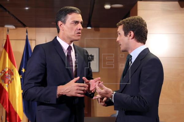 Proceso: Sánchez se reunirá con Casado, Rivera e Iglesias por la situación en Cataluña
