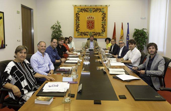 Los votos de NA+ y PSN rechazan las referencias a Navarra en el nuevo Estatuto vasco