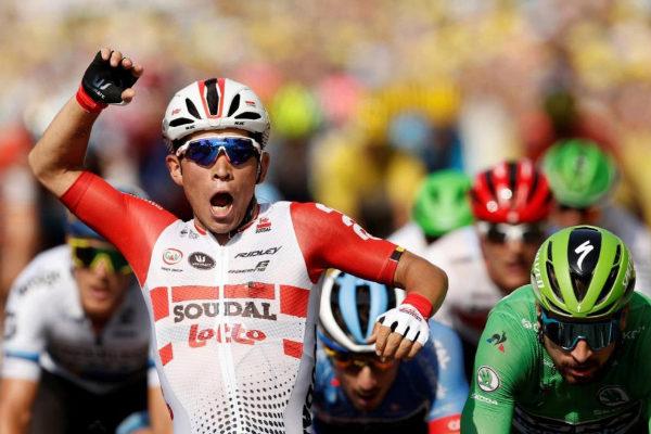 Ewan remata en Nimes su segunda gran faena en el Tour, Alaphilippe aguanta