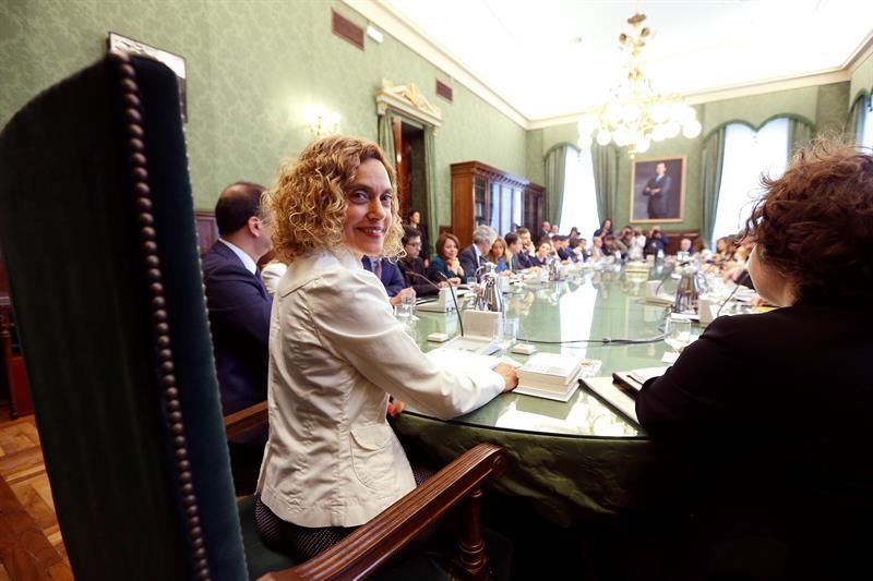 Nuevo plazo a las minorías del Congreso para reorganizarse en grupos