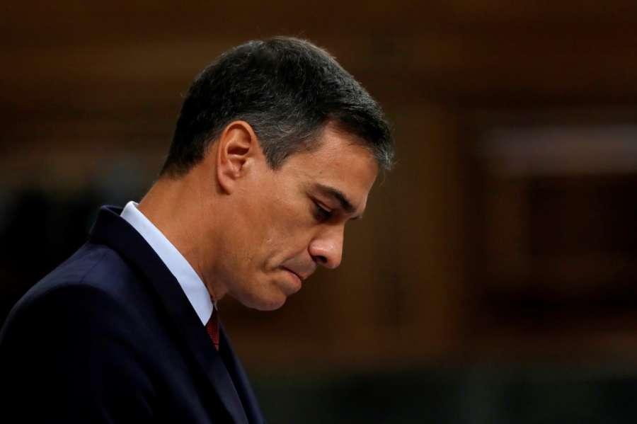 Sánchez llama a Iglesias, a Casado y a Rivera para conocer sus posiciones finales