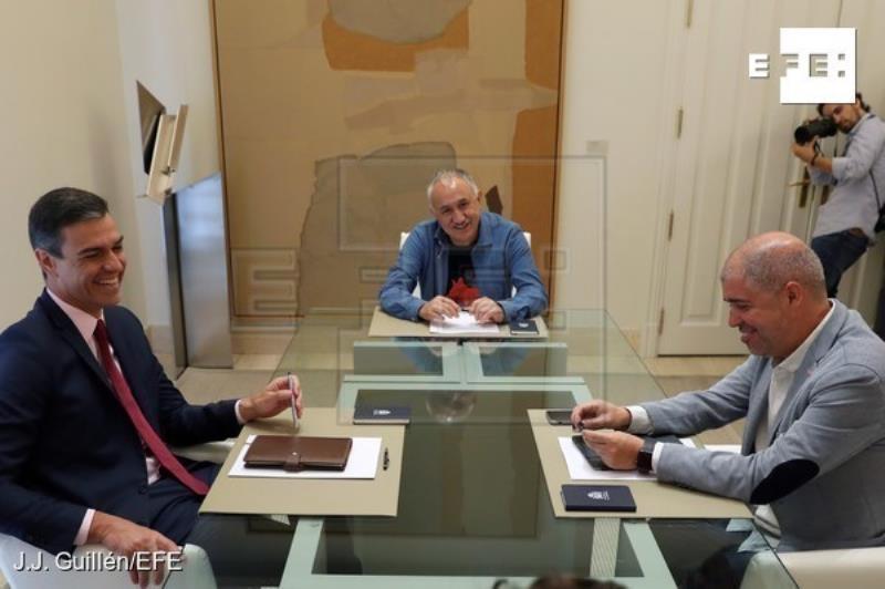 UGT y CCOO urgen a Sánchez a negociar con Podemos y evitar nuevas elecciones