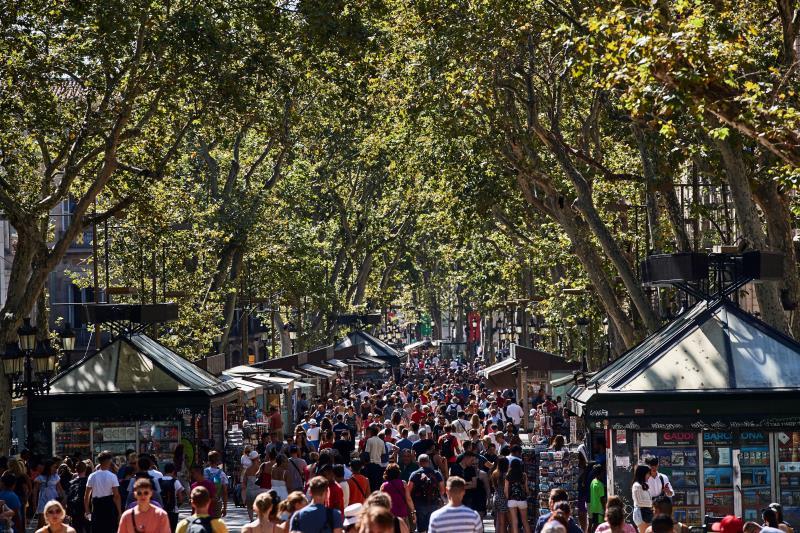 La inseguridad en Barcelona preocupa al sector turístico, que exige atajar la crisis