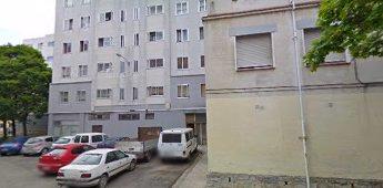 La rotura de una tubería afecta a 20 portales del Grupo Urdánoz en Echavacoiz