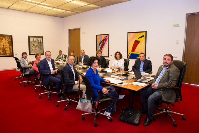 La ley de actividades ambientales, a la Mesa del Parlamento