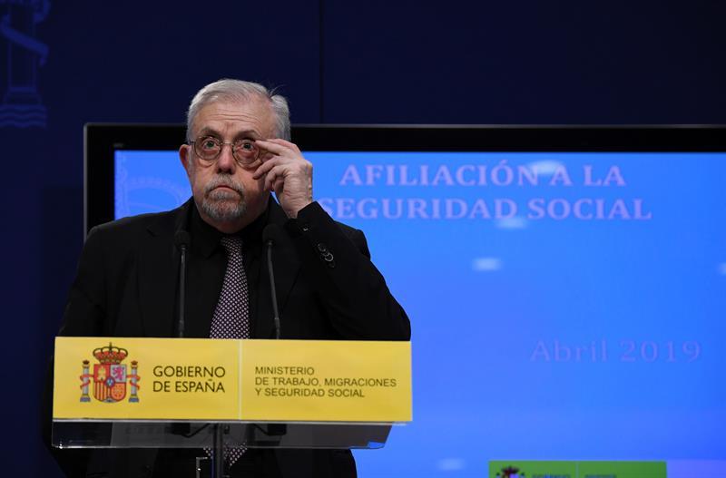 Gobierno: En funciones, los grupos políticos decidirán el alza de las pensiones