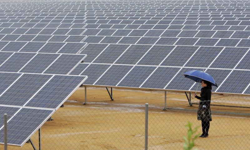 Las energéticas piden acelerar la transición y las petroleras que no haya trampas