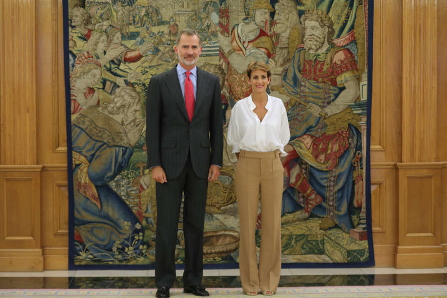 Chivite invita al Rey a presidir en Navarra una reunión del próximo Xacobeo