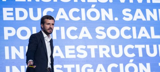 Casado dice que España no soportaría otra crisis con el PSOE en el gobierno
