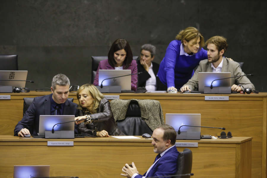 """Navarra Suma critica la """"dejación"""" de PSN, G.Bai, Bildu, Podemos e I-E hacia los colegios profesionales"""