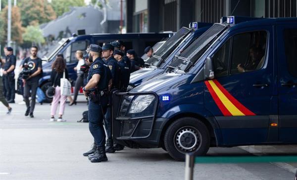 El Tribunal Supremo ordena que se permita votar a los agentes destinados en Cataluña el 10N