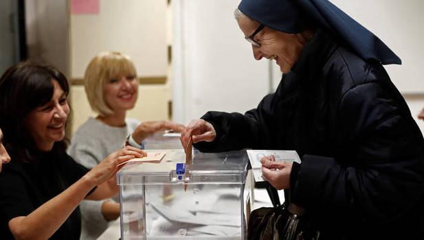Una monja cooperante vota por primera vez en Navarra tras 44 años en Haití