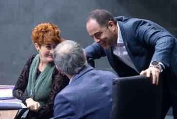 PSN, G.Bai, Bildu, Podemos e I-E aprueban un grupo mixto de trabajo sin los colegios profesionales