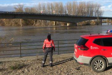 La avenida del río Ebro supera Castejón sin producir inundaciones de importancia