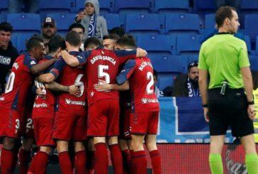 2-4. Osasuna hunde al Español en tres minutos