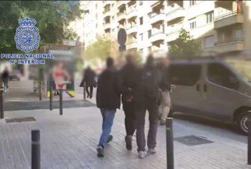 Policía Nacional detiene en Barcelona a un fugitivo por asesinato, organización criminal y blanqueo