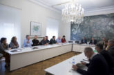 NA+ pide a la Mancomunidad de Pamplona líneas de autobús eléctrico en el Casco Viejo