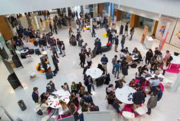 Más de 300 estudiantes buscan oportunidades profesionales en la Universidad de Navarra