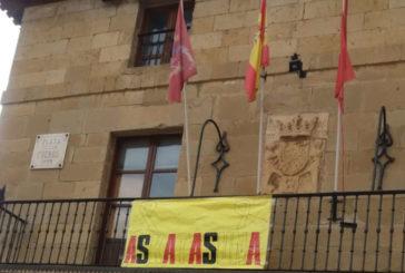 Se estima la denuncia de Navarra Suma contra Bildu por colocar lazos amarillos en Mendigorría