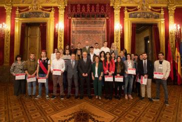 Entrega los Premios Extraordinarios de FP y de Artes Plásticas y Diseño