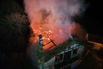 Un incendio destruye una casa en Irurozqui sin causar heridos
