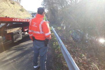Un hombre de 81 años herido tras una salida de vía en Sorauren (Navarra)